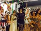 Atores de 'Sol Nascente' mostram as fantasias de carnaval