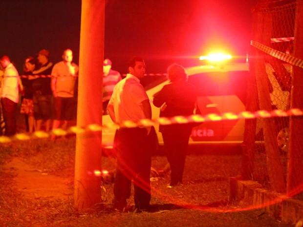 Polícia procura pelo suspeito que fugiu (Foto: Site J. Serafim Show / Divulgação)