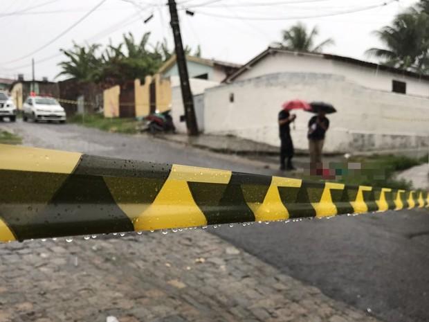 Crime ocorreu na manhã deste domingo (12), em Mandacarú (Foto: Walter Paparazzo/G1)