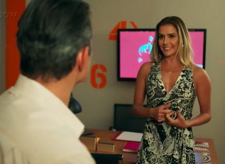 Teaser: Tânia resolve aceitar convite de Ricardo