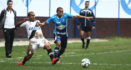 firme  e forte (Jamira Furlani / Avaí FC)