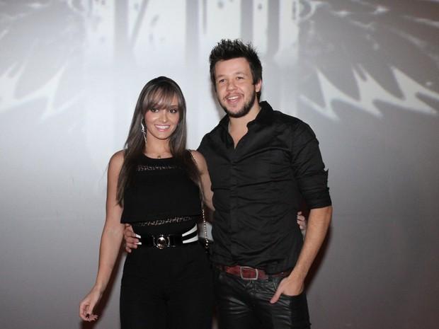 Bruno, do KLB, com a namorada, Rayssa Fernandes, em evento em São Paulo (Foto: Paduardo/ Ag. News)
