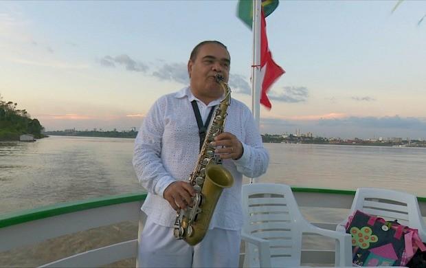 Jurandir do Sax faz apresentação em Porto Velho (Foto: Rondônia TV)