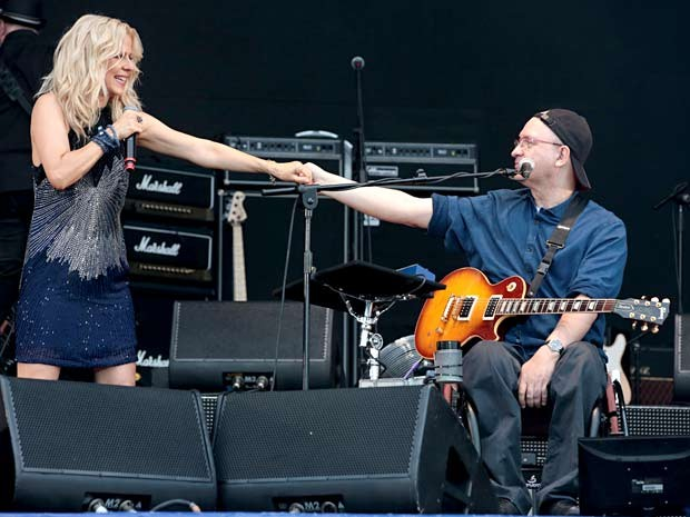 """Paula Toller e Herbert Vianna durante show """"Viva rock"""", que faz um passeio pela história do rock nacional (Foto: Felipe Panfili/Divulgação)"""