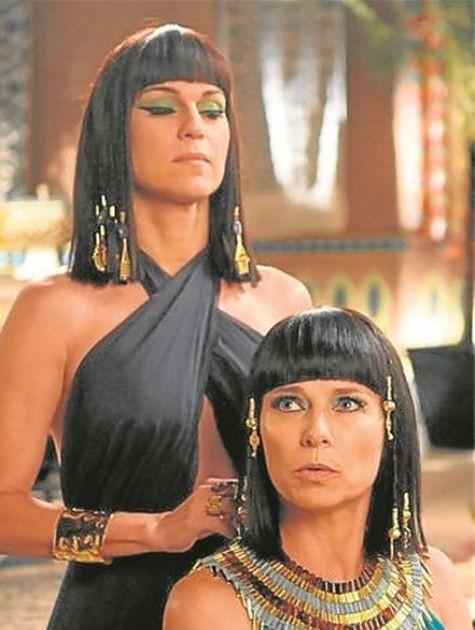 Vera Zimmerman e Adriana Garambone gravam 'Os Dez Mandamentos' (Foto: Munir Chatack/Record)
