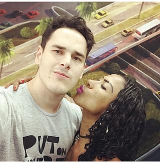 Thiago Araújo e Inês Brasil (Foto: Reprodução/Instagram)