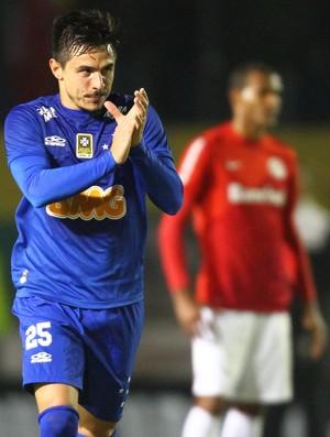 Willian, atacante do Cruzeiro (Foto: Lucas Uebel/Light Press)