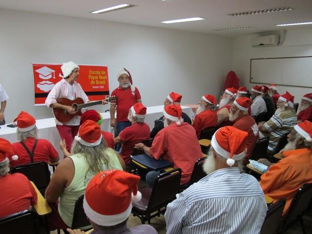 Segunda aula do Curso de Papai Noel (Foto: Hélio Araújo/Escola de Papai Noel do Brasil)