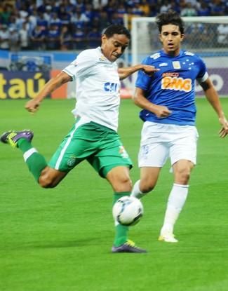 Rafael Lima e Marcelo Moreno Chapecoense x Cruzeiro (Foto: Cleberson Silva/Chapecoense)