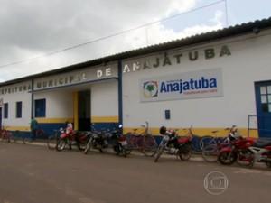 Prefeitura de Anajatuba, no Maranhão (Foto: Reprodução/TV Mirante)