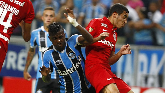 William Miller Bolaños Grêmio Internacional Inter Gre-Nal  (Foto: Lucas Uebel/Grêmio)