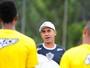 Batista aproveita folga na tabela para avaliar candidatos a substituir capitão