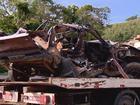 Batida entre dois veículos deixa 2 mortos e 2 feridos na BR-267, em MG