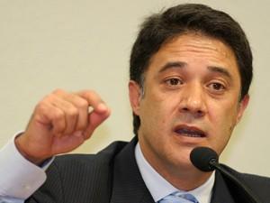 O ex-secretário do PT, Silvio Pereira (Foto: Eraldo Peres/AP)