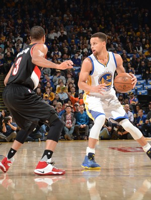 Stephen Curry Warriors x Blazers NBA (Foto: Getty)