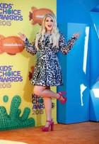 Veja o estilo das famosas no Kids Choice Awards 2015