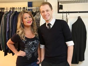 Leifert e Fê Souza, apresentadores do The Voice Brasil (Foto: Isabella Pinheiro / TV globo)