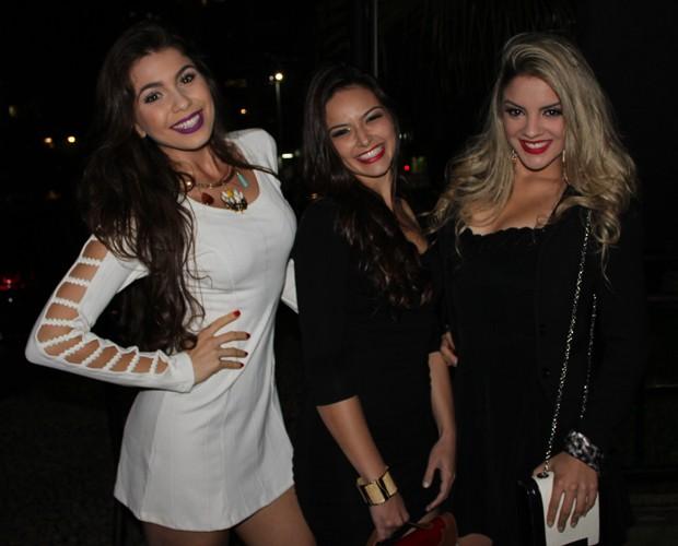 Ingrid Bragalda, Ariane Batistela e Rithielle Tolentino (Foto: Guilherme Toscano/Gshow)