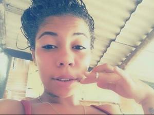 Jovem de 17 anos foi baleada em Conceição da Barra (Foto: Arquivo pessoal)
