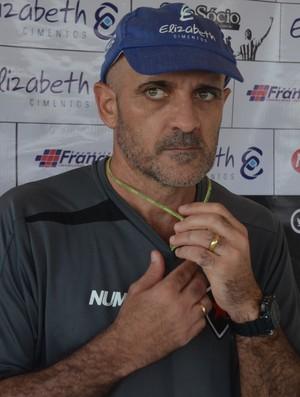Itamar Schülle, técnico Botafogo-PB (Foto: Cisco Nobre / GloboEsporte.com)