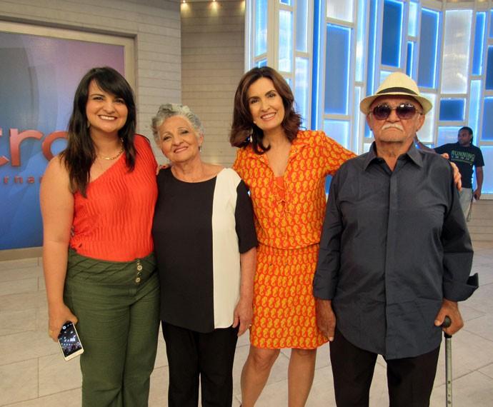 Flávia, Francisca, Fátima e Manoel nos bastidores  (Foto: Viviane Figueiredo Neto/Gshow)