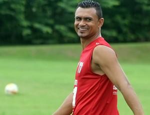 Otacílio Neto e Nunes devem formar dupla de ataque do Botafogo-SP (Foto: Cleber Akamine)