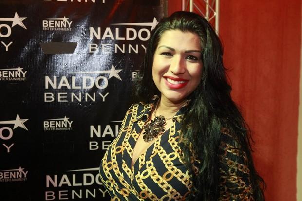 Ellen Cardoso, a Mulher Moranguinho, em bastidores de show na Zona Oeste do Rio (Foto: Isac Luz/ EGO)