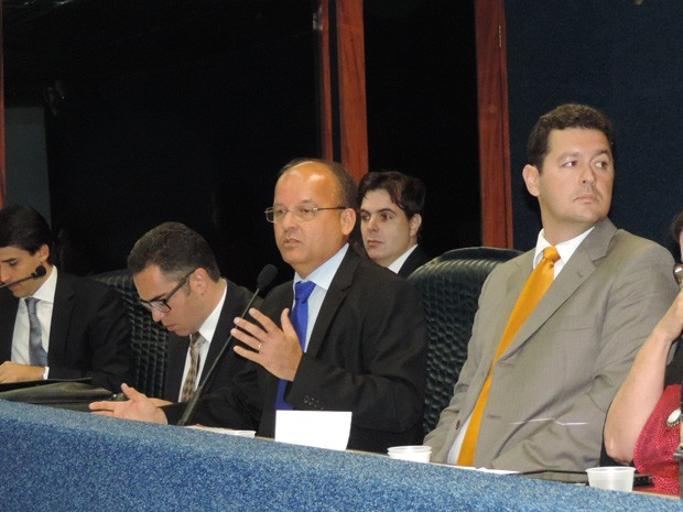 Audiência foi presidida pelo coronel Ribeiro (Foto: Débora Soares /  G1)