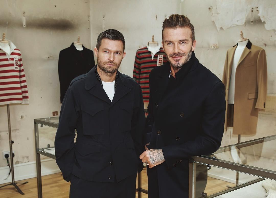 Daniel Kearns e David Beckham no lançamento da coleção (Foto: Reprodução/Instagram)