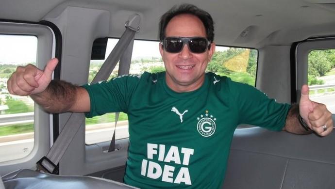 Cinegrafista Ari Júnior era fanático pelo Goiás (Foto: Reprodução/Facebook)