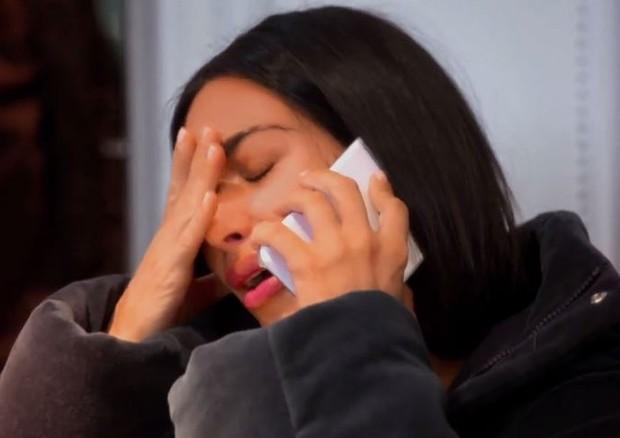 Kim Kardashian descobre que Kanye West foi internado em hospital psiquiátrico (Foto: Reprodução)
