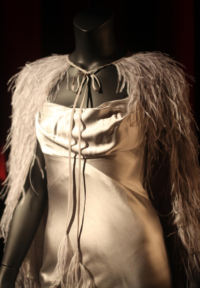 A pegada retrô é destaque no figurino da personagem Anastasia (Foto: Andrea D'Andrea)