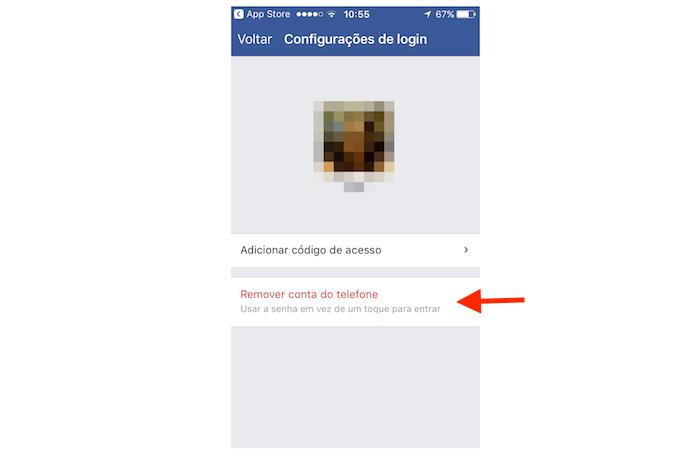 Removendo uma conta do Facebook logada no iPhone (Foto: Reprodução/Marvin Costa)