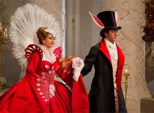 Rainha Má lança um feitiço de amor no príncipe (Foto: Divulgação)