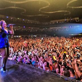 Ivete Sangalo se apresenta no Rio (Foto: Instagram/ Reprodução)