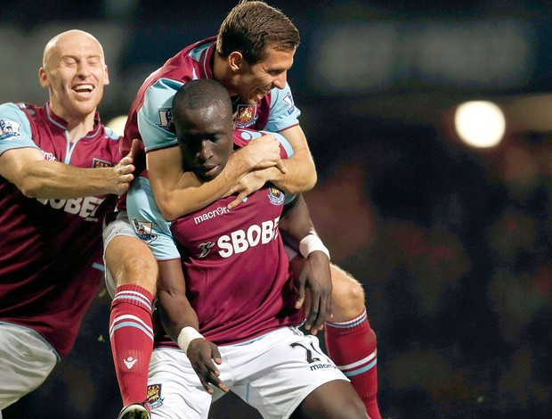 Mohamed Diame gol West Ham contra Manchester United (Foto: Reuters)