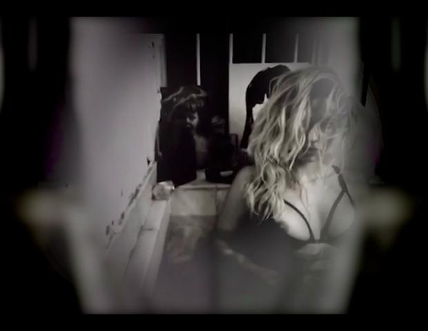 Nanda Costa no clipe Eu Tô Afim (Foto: reproduçao)