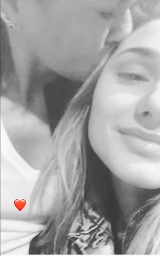 Xuxa e Sasha: carinho (Foto: Reprodução Instagram)