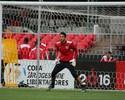 Experiência fez Renan Ribeiro vencer disputa com Léo pelo gol do Tricolor