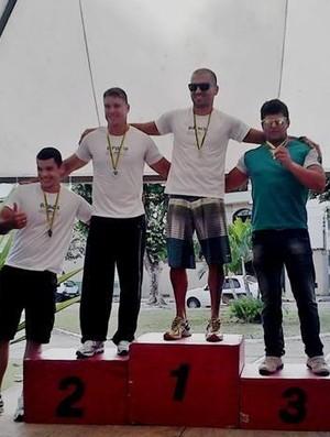 Competidores valadarenses conquistaram as primeiras colocações.  (Foto: Federação Mineira de Canoagem - FEMIC)