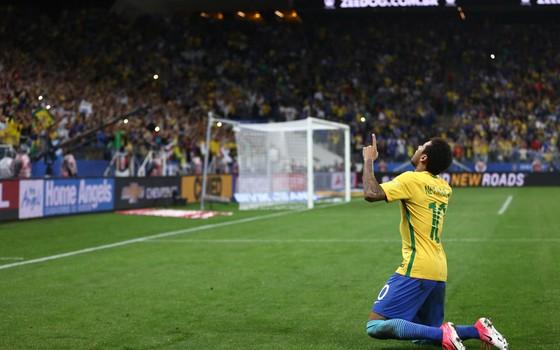 Neymar na Arena Corinthians. O preço do ingresso disparou junto com o desempenho da Seleção Brasileira (Foto: Lucas Figueiredo / CBF)