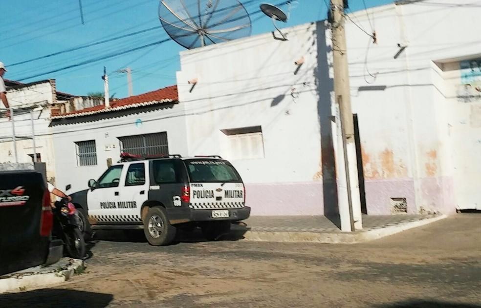 Mandados também foram cumpridos em residências de ex-gestores (Foto: G1/RN)