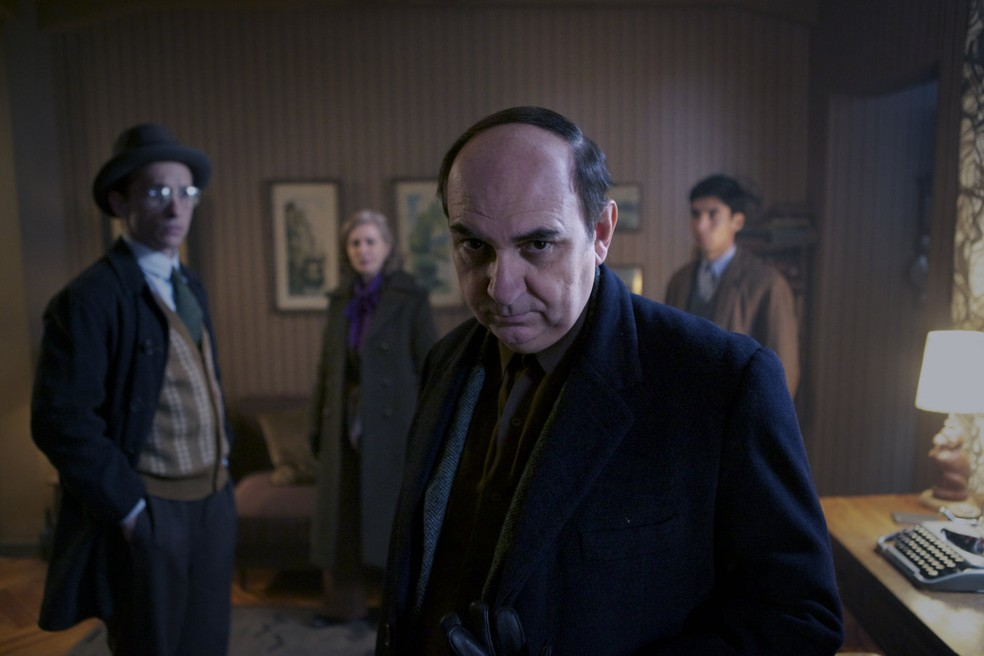 [Cinema] 'Neruda' revisita a figura do poeta chileno sob chave literária Neruda