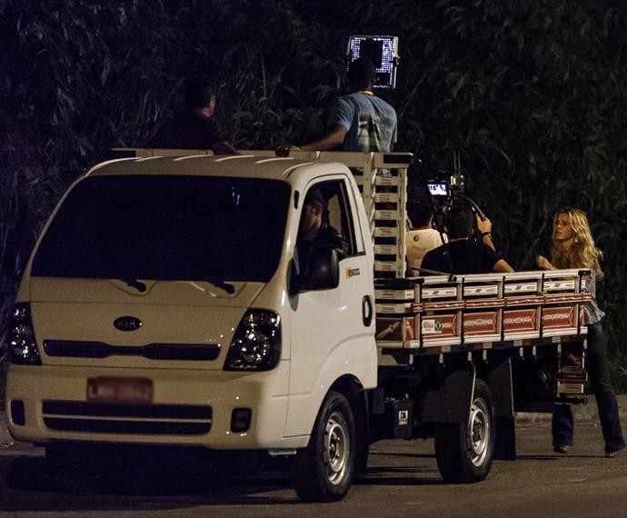 Cenas de ação são gravadas na Zona Oeste do Rio (Foto: Artur Meninea/Gshow)
