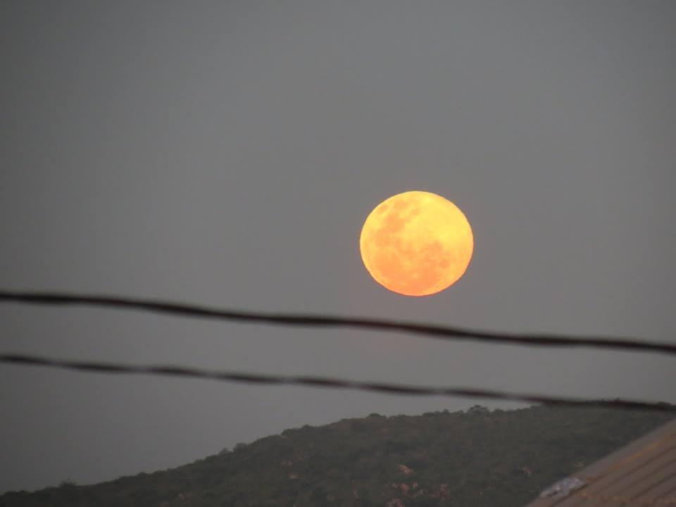 lua azul (Foto: Kedma Dantas)