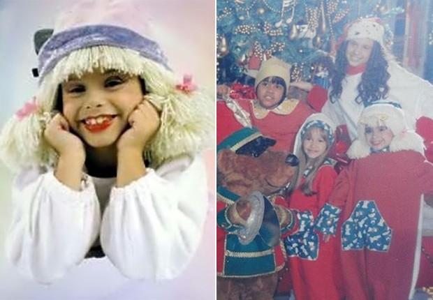 Laura Feliciano caracterizada como Laurinha e em cena natalina ao lado de Giselle Medeiros, Carla Diaz e da irmã, Francis Helena (Foto: Reprodução)