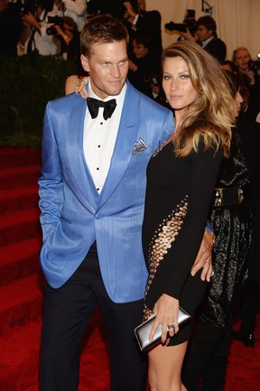 Tom Brady e Gisele Bündchen no baile do MET (Foto: AFP)