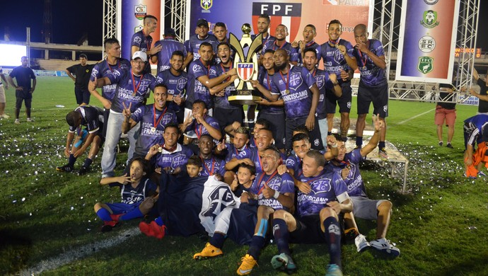 São Francisco, campeão da Taça Estado do Pará (Foto: Dominique Cavaleiro/GloboEsporte.com)