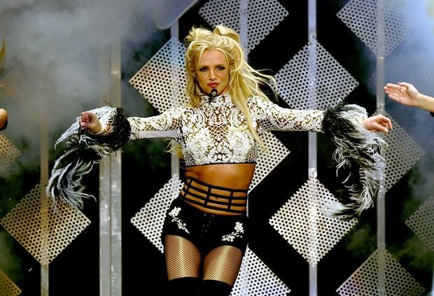 Britney Spears em show em Los Angeles, nos Estados Unidos (Foto: Kevin Winter/ Getty Images/ AFP)