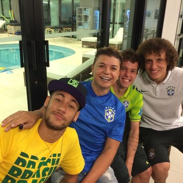Neymar, David Brazil, Bernard e David Luiz (Foto: Instagram / Reprodução)